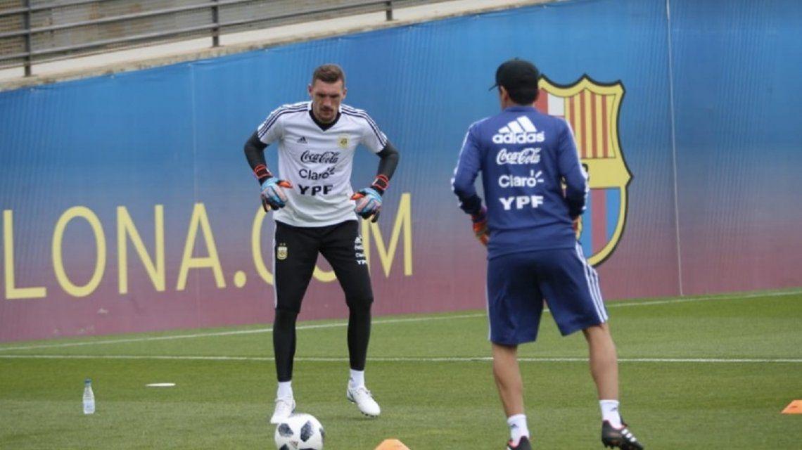 Armani entrenando con la Selección - Crédito:@Argentina