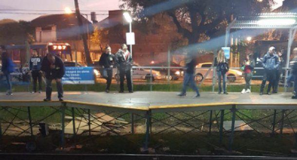 Andén roto del Belgrano Norte