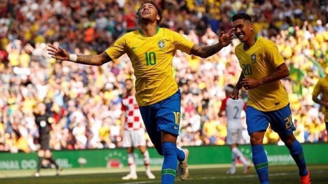 En su regreso, Neymar abrió el triunfo a Brasil frente a Croacia