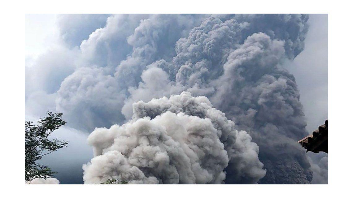 Ascienden a 69 los muertos por el volcán de Fuego en Guatemala
