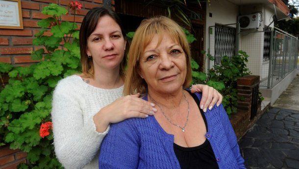 Brenda y María Esther, hermana y mamá de Érica Soriano