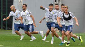 La Selección no viajará a Israel y se quedará en Barcelona hasta su viaje a Rusia.