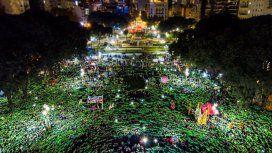 Una gran multitud se manifestó en la marcha #NiUnaMenos frente al Congreso. (foto @PrensaObrera)