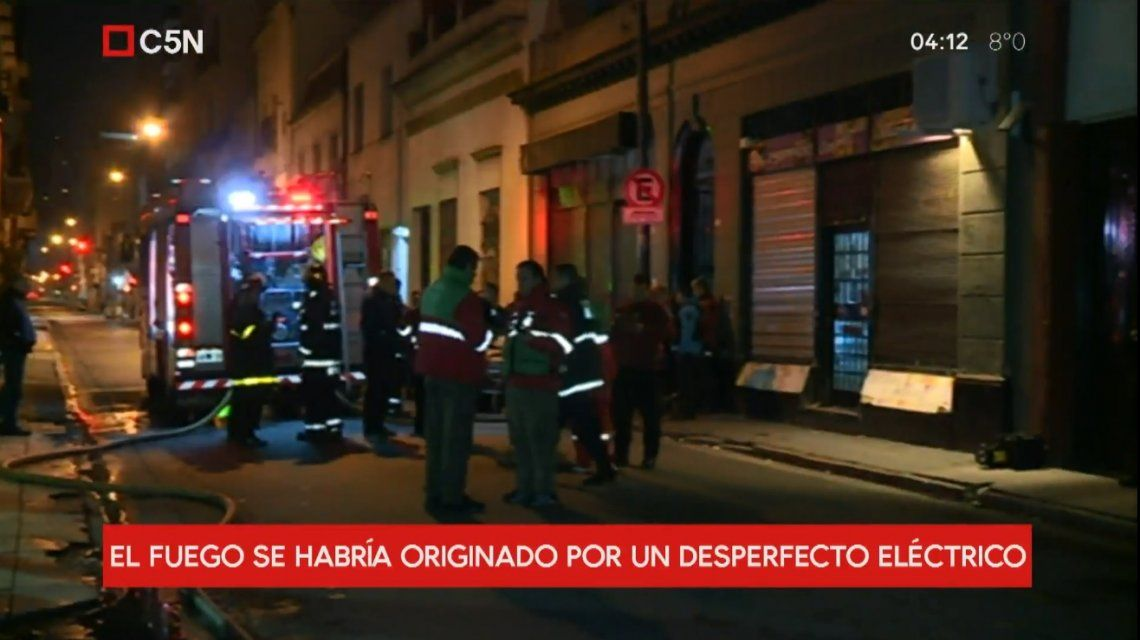 Personal de Bomberos actuó para apagar las llamas