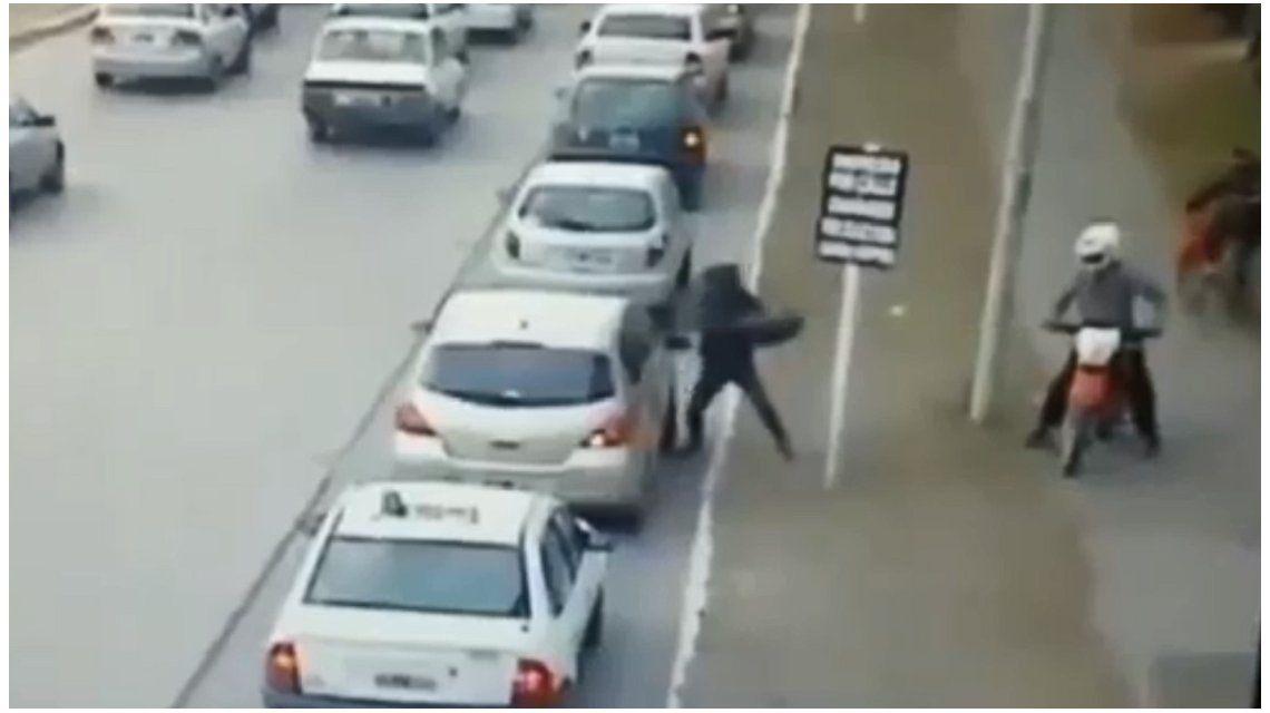 Violento ataque motochorro en Bahía Blanca: se fueron sin nada