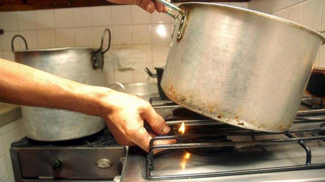 Sancionarán con multas hasta 100 mil pesos a las empresas que corten el gas a quienes no puedan pagar
