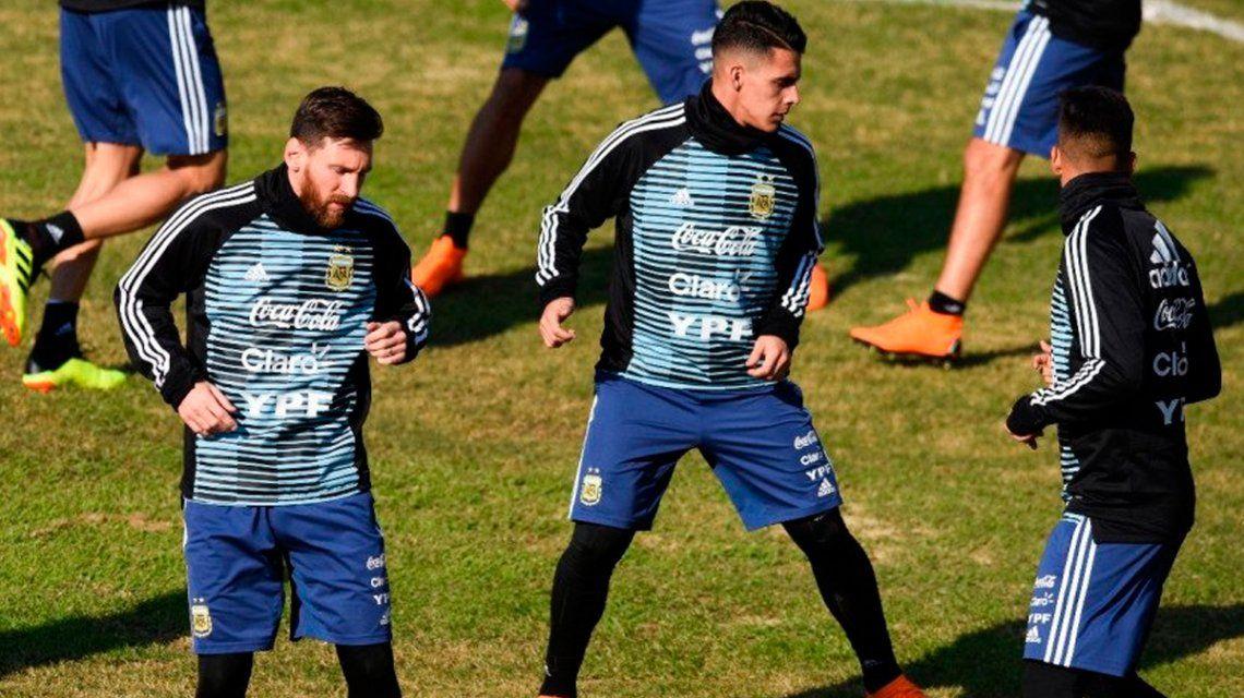 A días del debut, Pavón no podrá entrenar con la Selección por un cuadro de faringo-amigdalitis