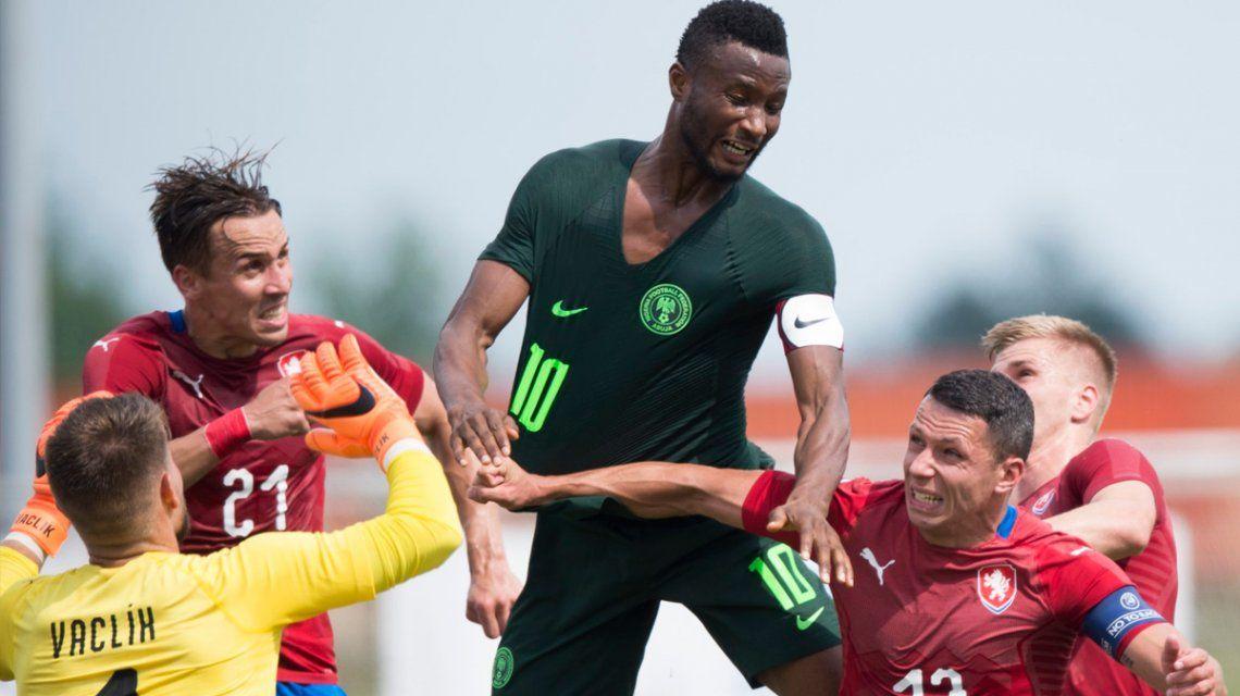 Nigeria cayó ante República Checa y acumula 3 derrotas en los últimos 4 partidos