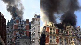 Se incendió un lujoso hotel en el centro de Londres