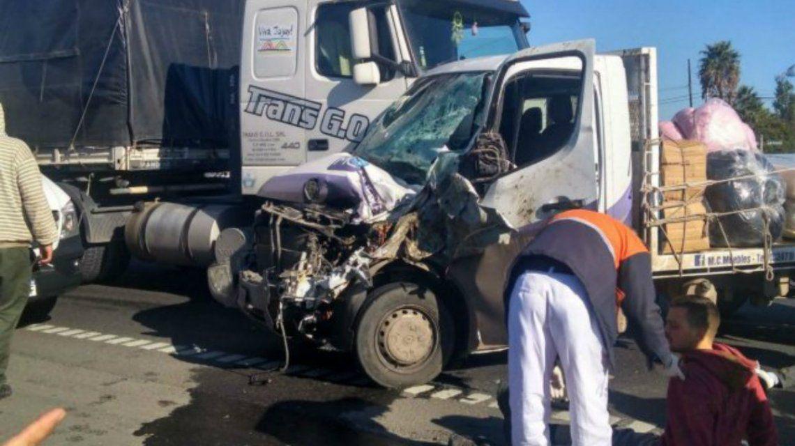 El choque de la camioneta con el caballo devino en un accidente mayor