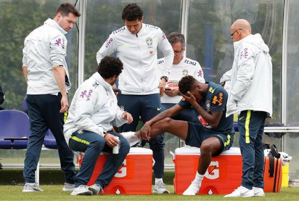 Preocupación en Brasil: Casemiro lesionó a un compañero a una práctica