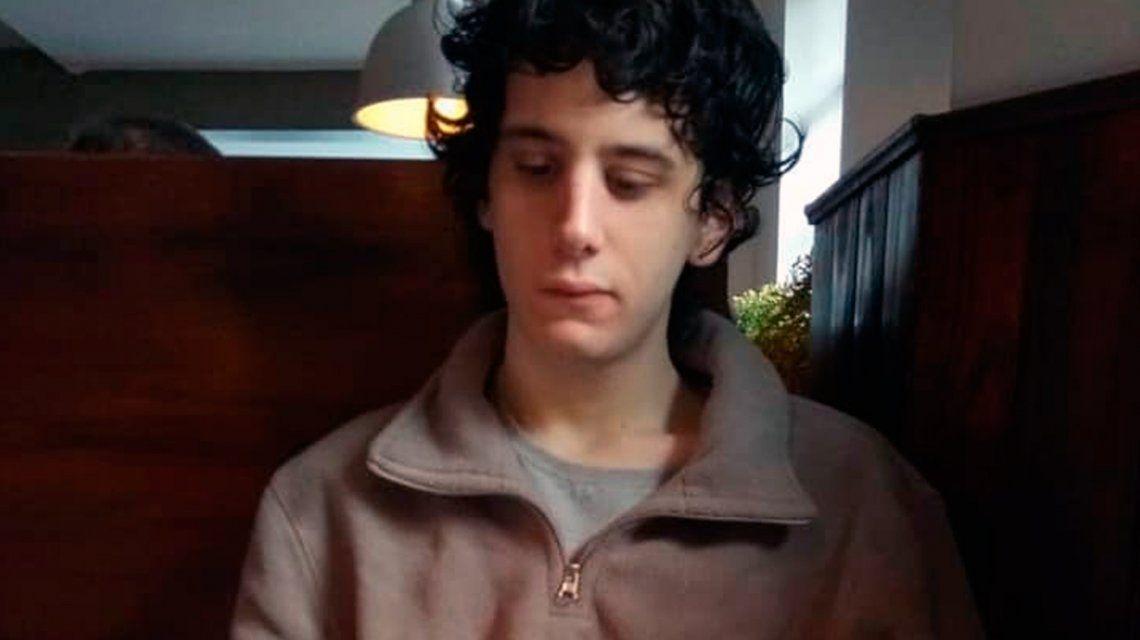 Iván tiene 20 años y no saben nada de él desde este jueves a la mañana