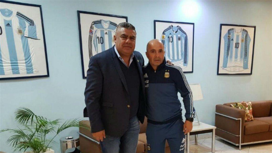 Jorge Sampaoli y Chiqui Tapia