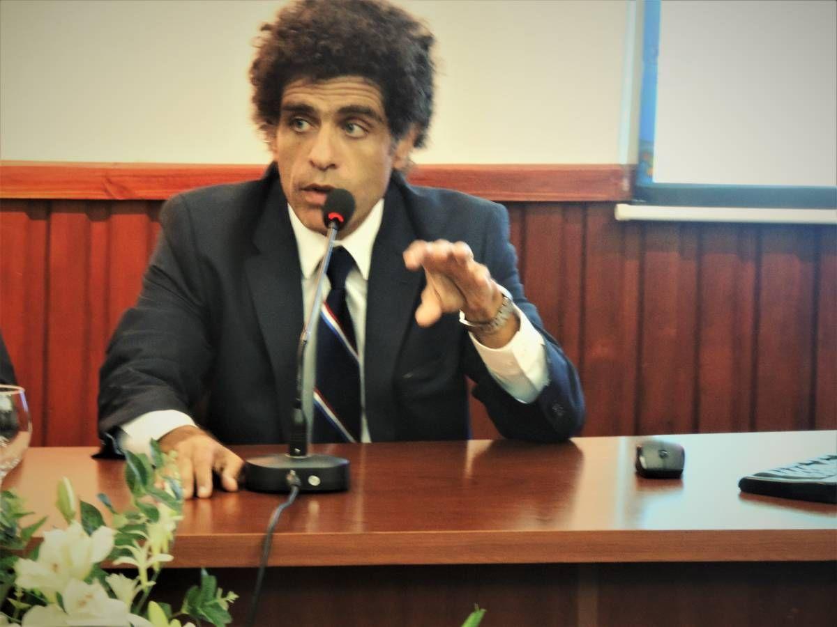 Tucumán: Escrachan a un abogado cercano al macrismo pegándole a su pareja