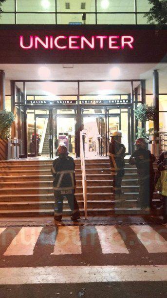 Bomberos actuaron en la inspección del lugar<br>