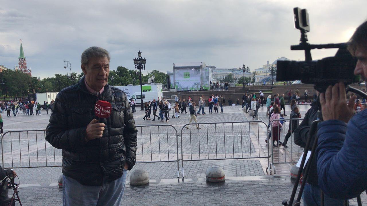 Víctor Hugo llegó a Rusia: Dujovne pone cara de que no pasa nada porque está blindado