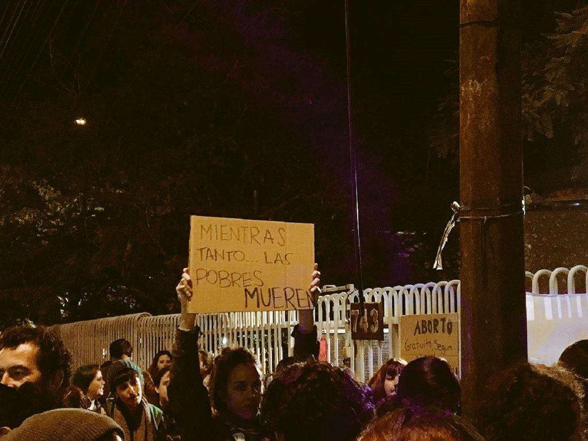 Así se manifestaban en la Embajada de la Argentina en Paraguay
