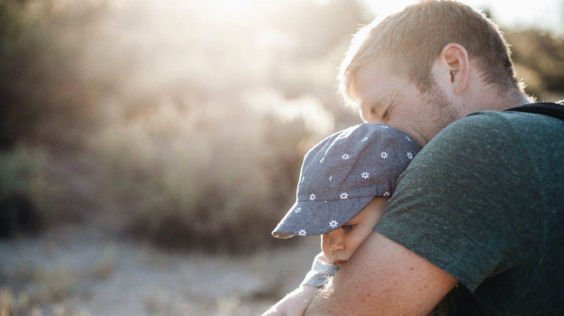Unicef aboga por extender la licencia por paternidad