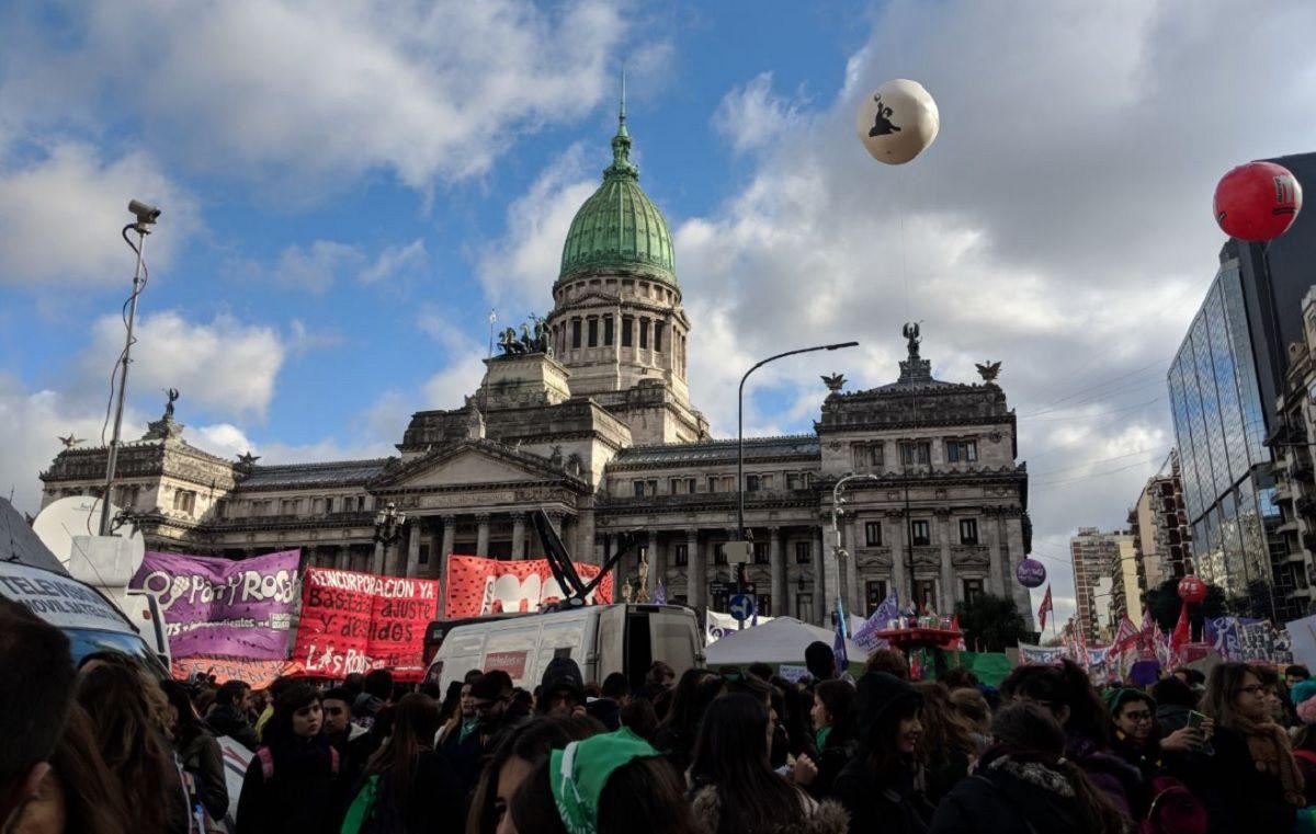 Despenalización del aborto: ¿a qué hora se espera que los diputados voten?