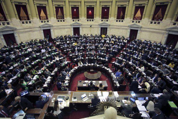 Así estaba la Cámara de Diputados en medio del debate por la despenalización del aborto<br>