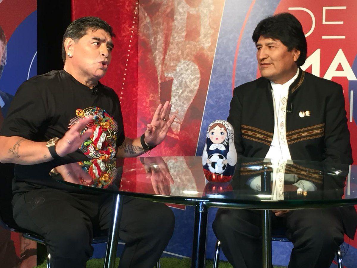 Diego Maradona con Evo Morales