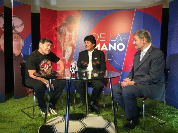 Diego Maradona, Evo Morales y Víctor Hugo