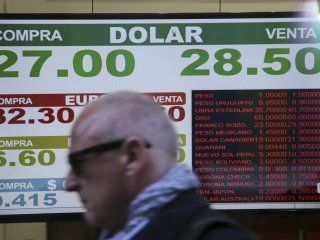 El dólar estuvo cerca de los 29 pesos este jueves