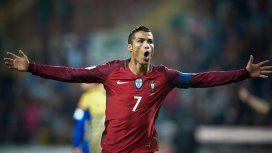 Cristiano Ronaldo logró el récord de meter goles en cuatro mundiales