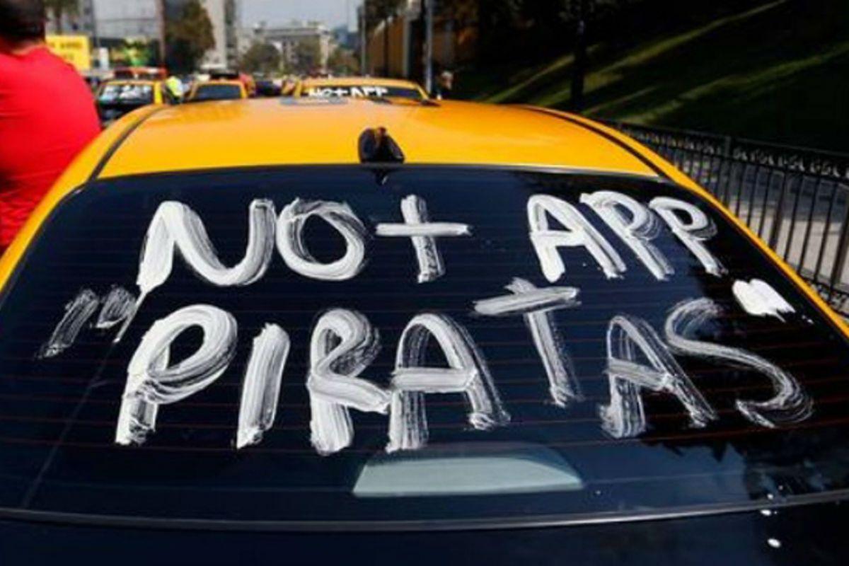 Un taxista disparó una bala de goma contra un auto en el que viajaba un nene de 10 años