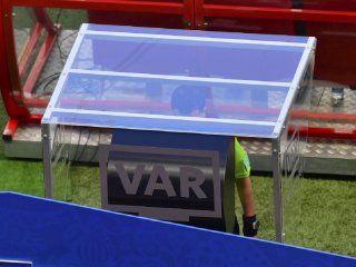 El mismo árbitro de Lanús - River de la Libertadores 2017 utilizó el VAR