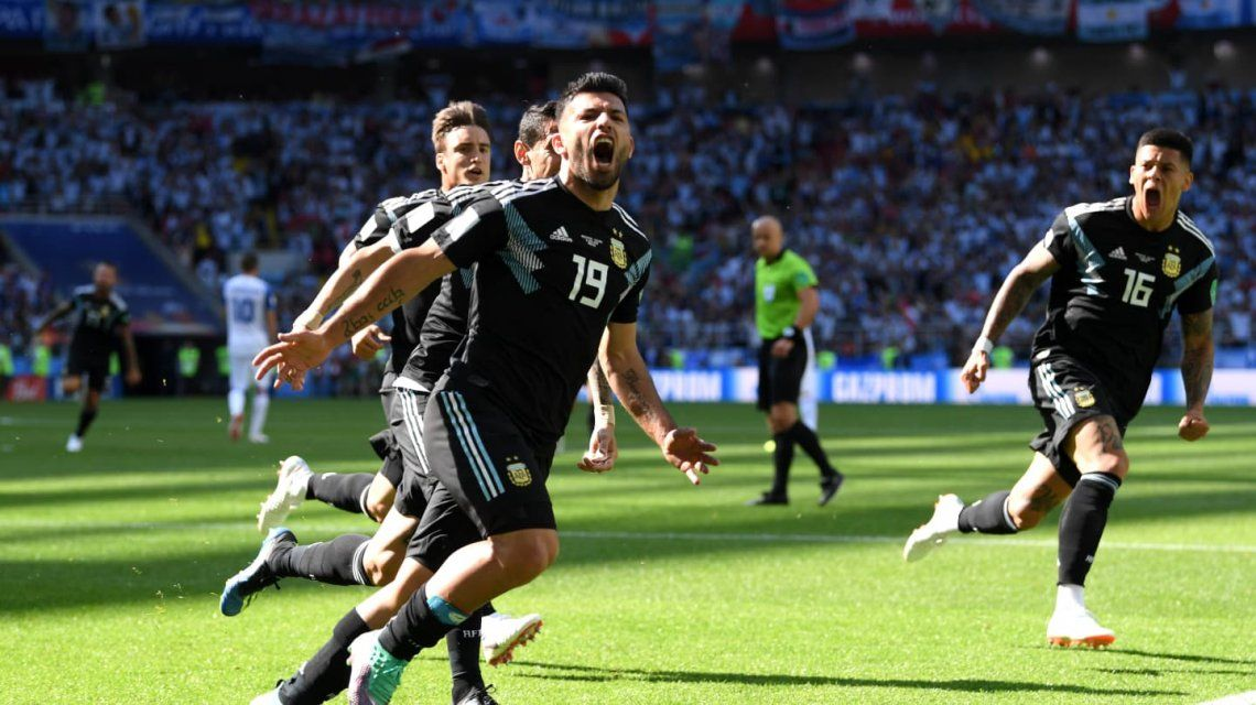 Gol de Agüero en Argentuina vs Isandia - Crédito:fifa.com