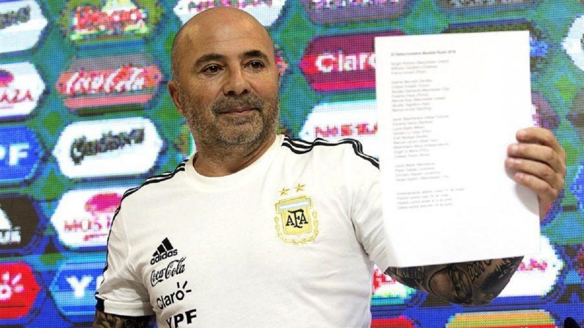 Jorge Sampaoli no encuentra el equipo
