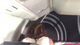 Sexo en el avión se volvió viral