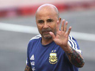 sampaoli presento un equipo distinto en cada partido que dirigio a la argentina