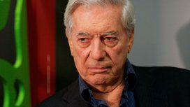 Mario Varga Llosa se cayó en su casa durante la madrugada