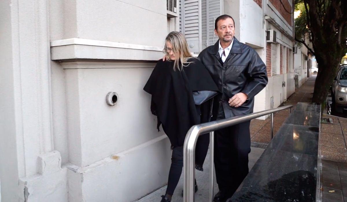 Así ingresaron los papás de Nahir a los Tribunales de Gualeguaychú