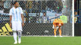 Pérez no erra y el fallo de Caballero no es gol: el final alternativo de Argentina-Croacia