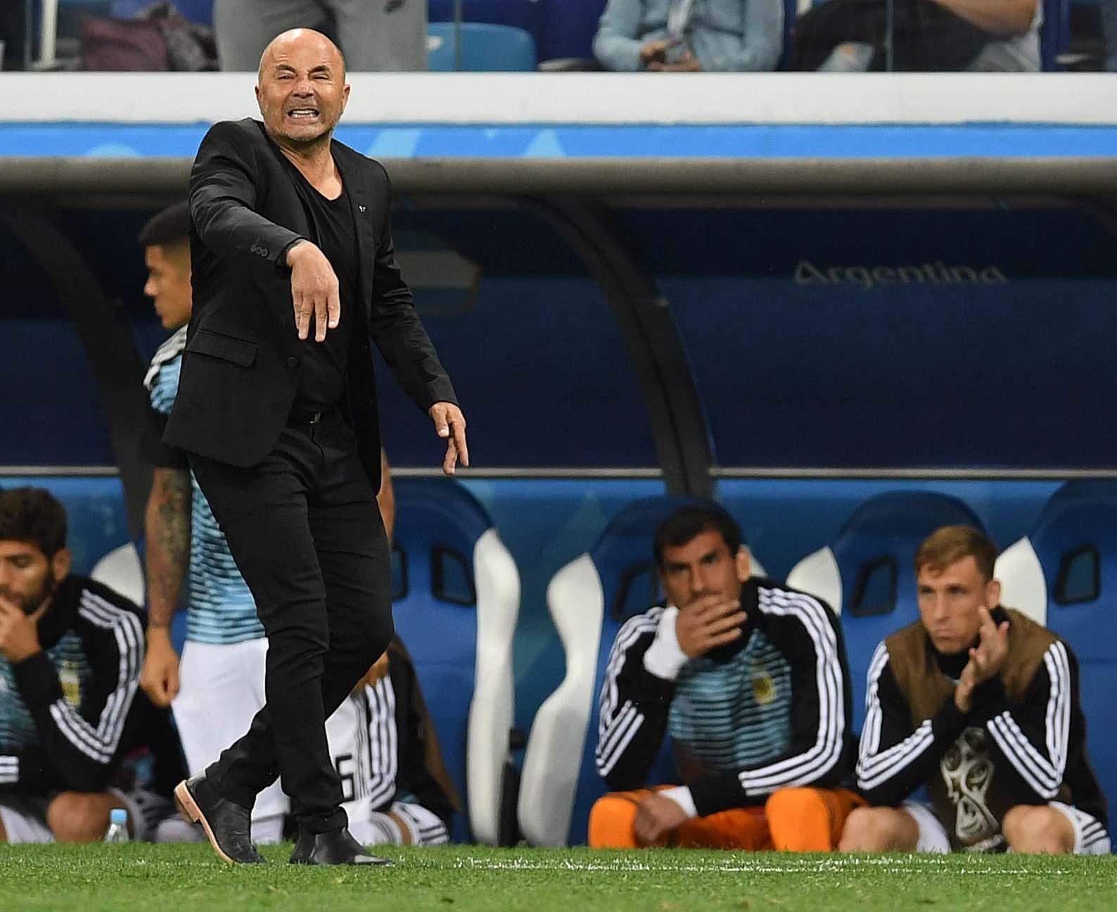 Sampaoli se hizo responsable de la derrota: No encontré el equipo para Messi