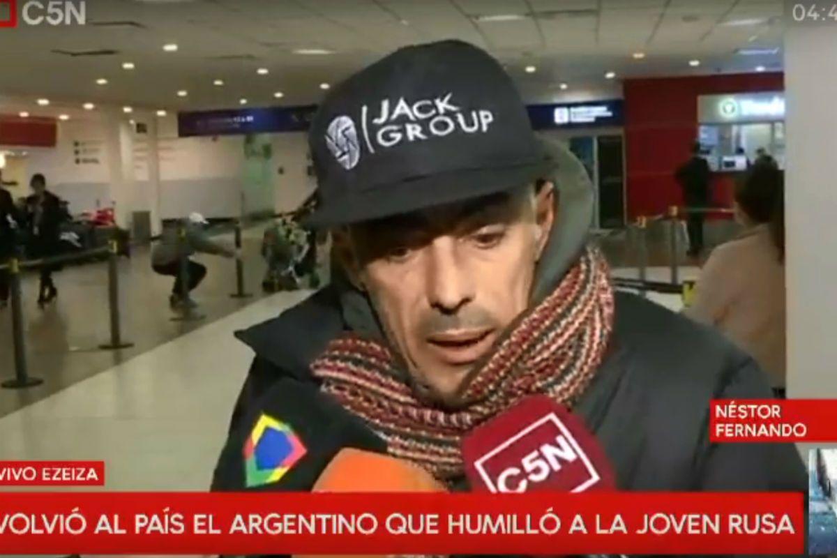 Néstor Penovi llegó al país tras ser expulsado del Mundial