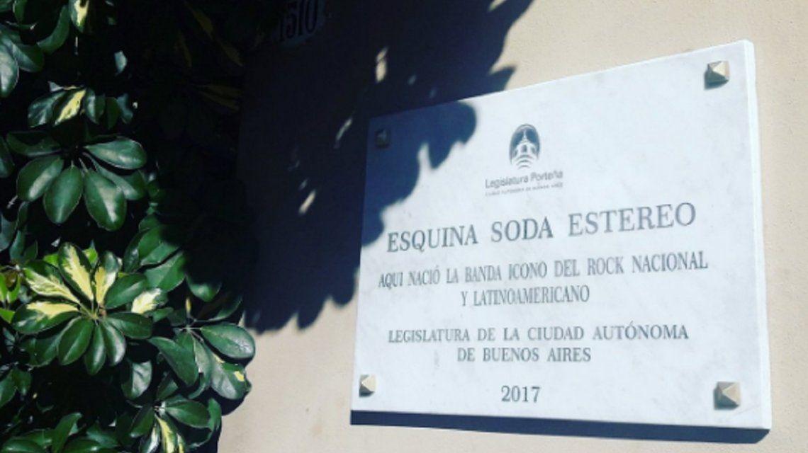 ¡Papelón! La legislatura quiso homenajear a Soda Stereo y cometió un error increíble