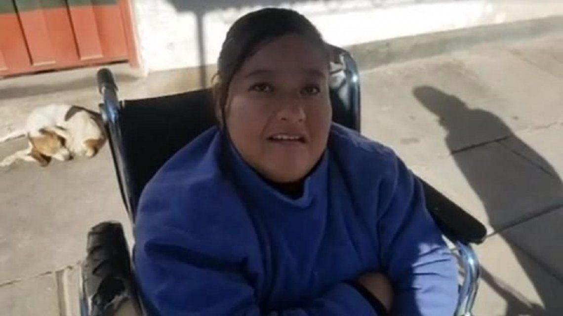 No la dejaron entrar a un boliche porque está en silla de ruedas