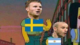 Memes contra Rodrigo Palacio por el gol de Suecia en el Mundial
