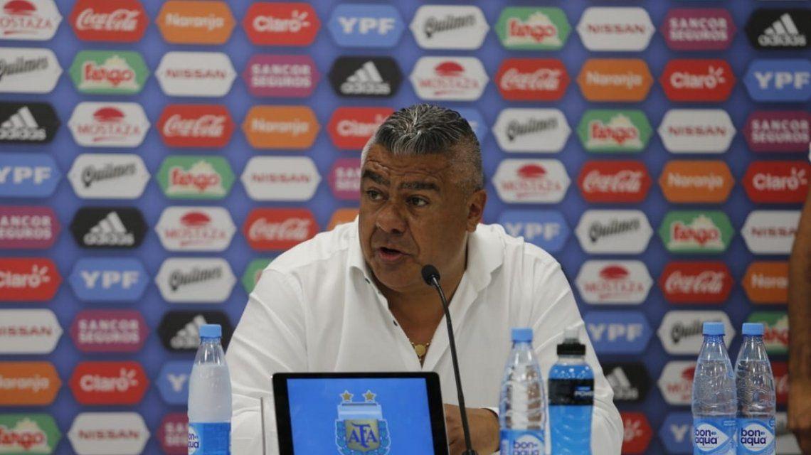 La Conmebol sacó de su cargo ante la FIFA al Chiqui Tapia por sus quejas sobre el arbitraje