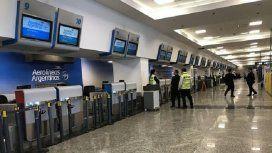 ¿Cómo cambiar los pasajes de los vuelos cancelados por el paro general?