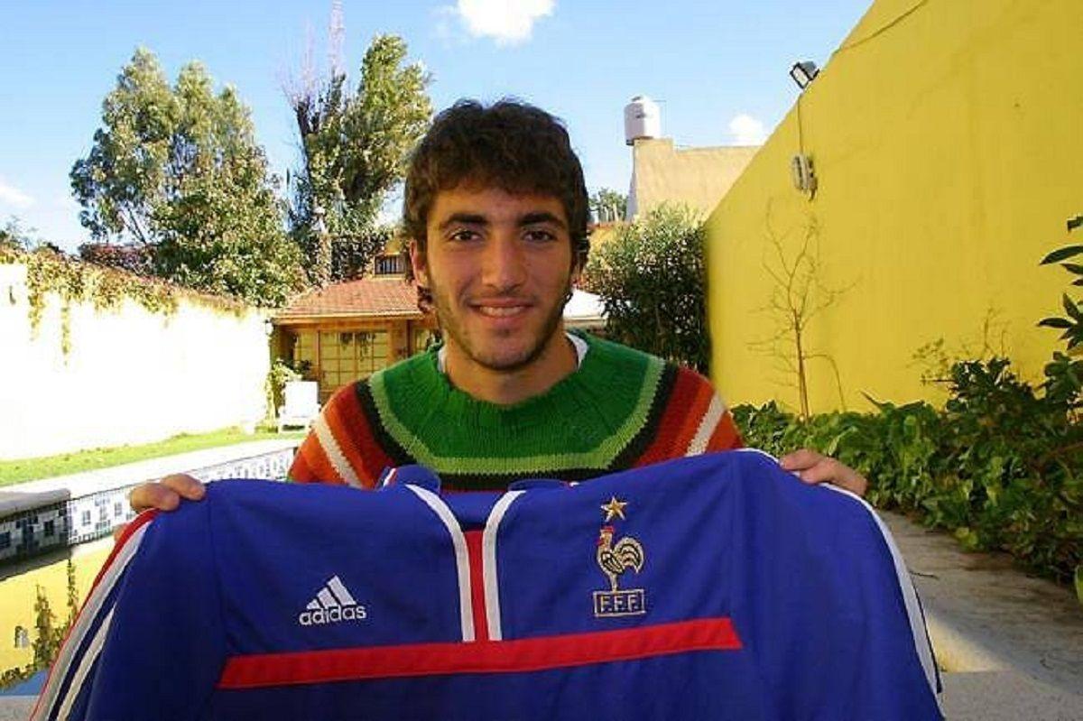 Gonzalo Higuaín con la camiseta de Francia
