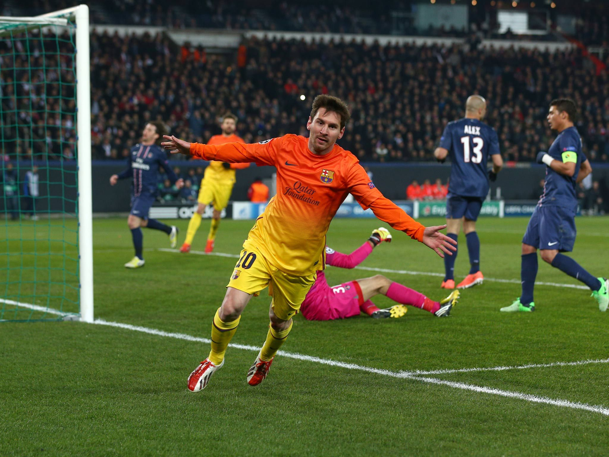Messi le marcó al PSG en 2013