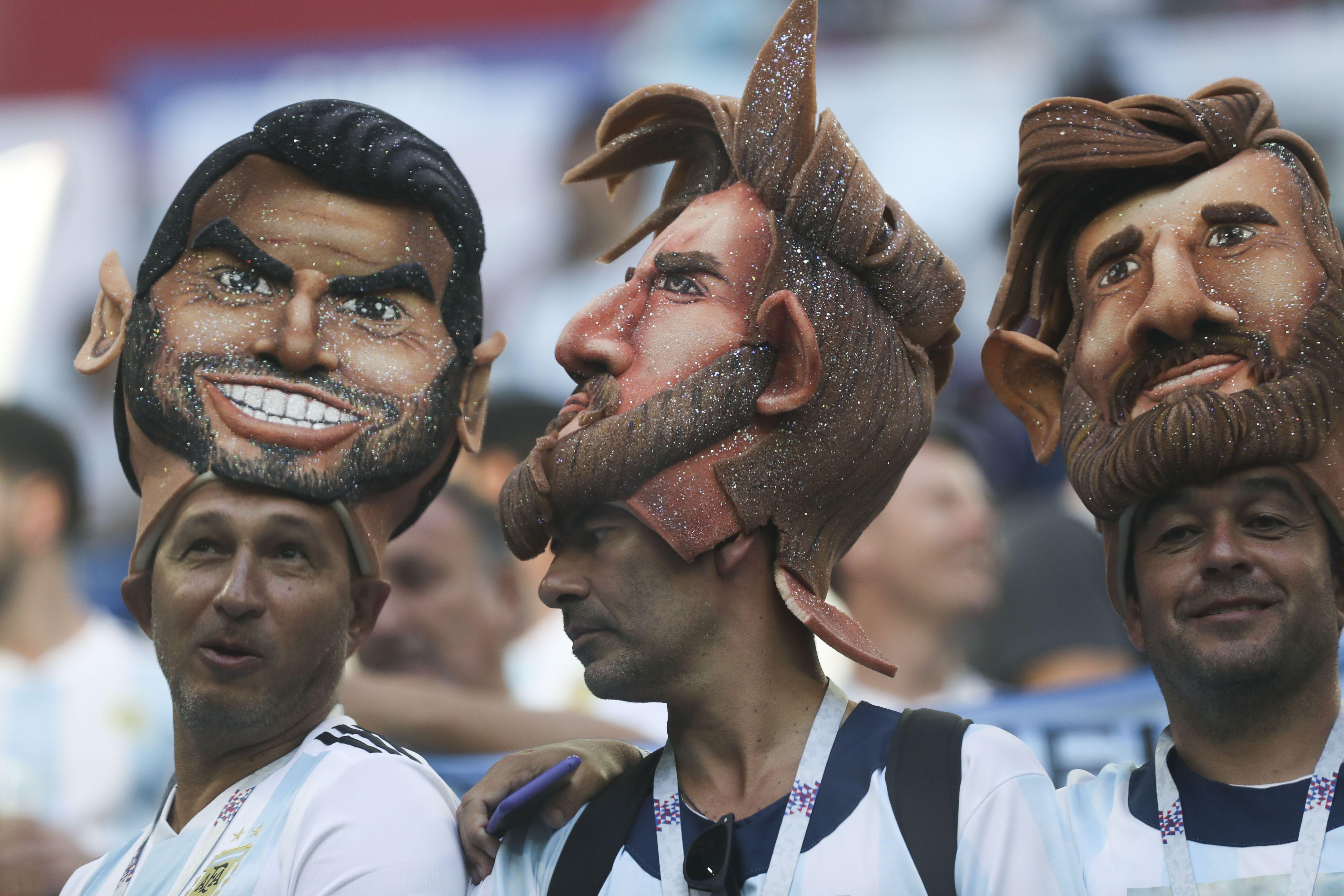 Hinchas argentinos en Rusia palpitan el duelo con Francia