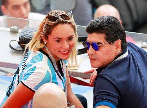 Rocío Oliva con Diego Maradona
