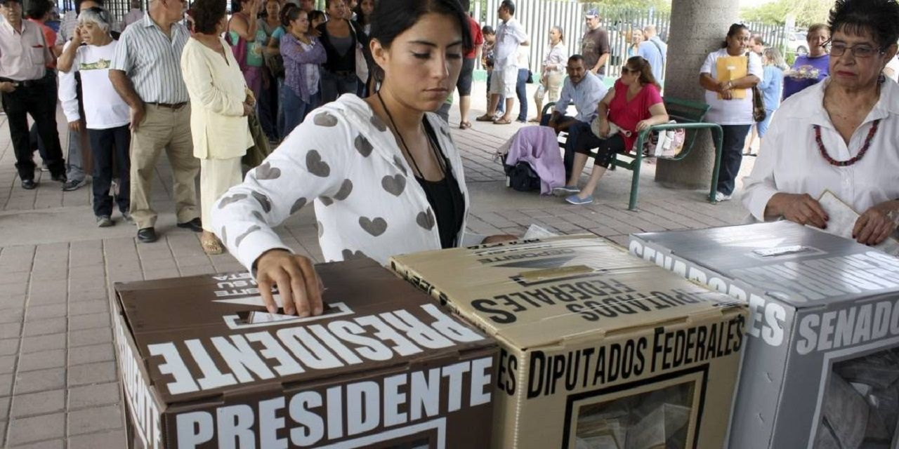 México elige presidente en unas elecciones en las que López Obrador es favorito