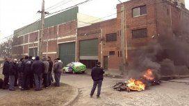 Despidos, tiros y amenazas en una papelera de La Matanza